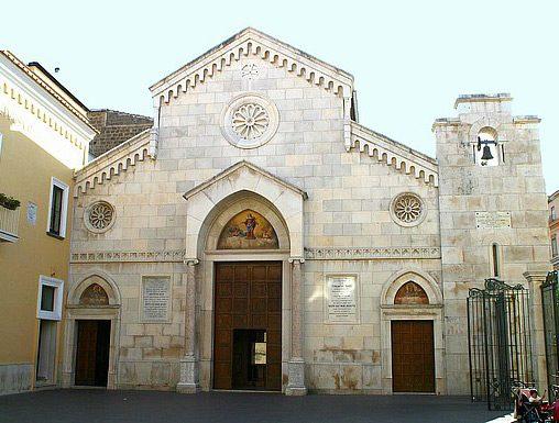 Cattedrale-Sorrento-facciata