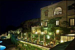 Hotel-Villa-Cimbrone_sera_Ravello