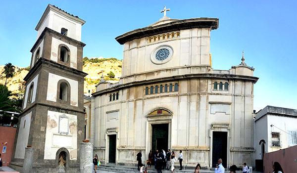 Chiesa-Santa-Maria-dell'Assunta-Positano